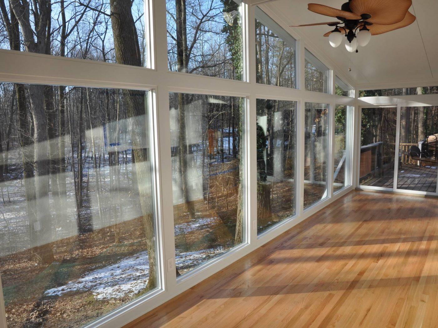 Four seasons sunrooms choice windows doors for Sunroom inspiration