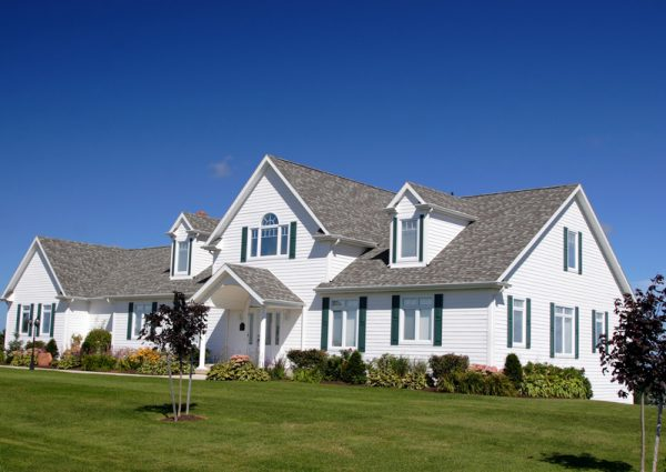 Top 7 Summer Home Maintenance Tips