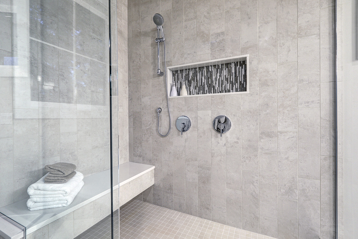 Accent Tile Insert in Modern Walk-In Shower