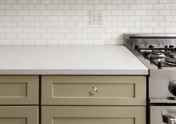 Laminate vs Quartz Countertops