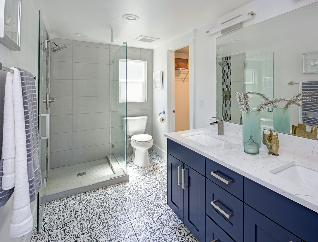 Small Bathroom Remodel Ideas for a Huge Impact | Easy ...