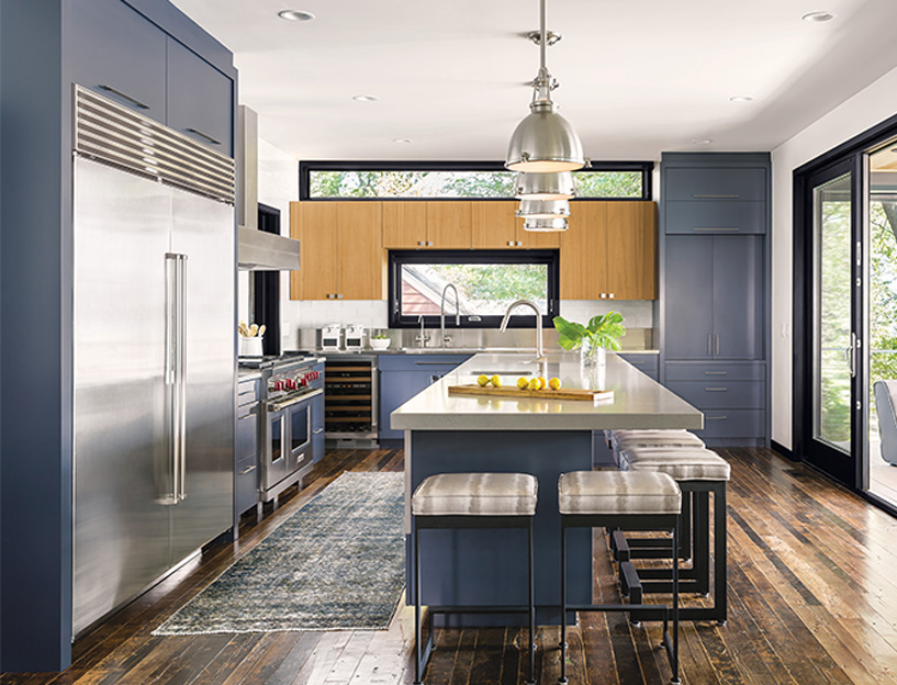 Kitchen cabinet color trend of navy blue